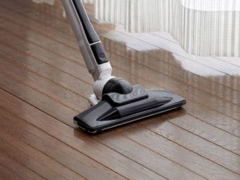 Best Vacuum Cleaners Under