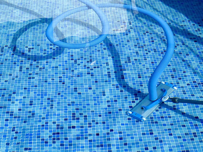 Suction Pool Cleaning