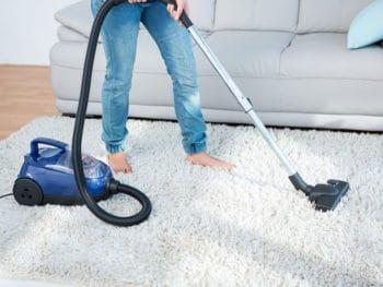 Best Vacuum Cleaners Under 200$