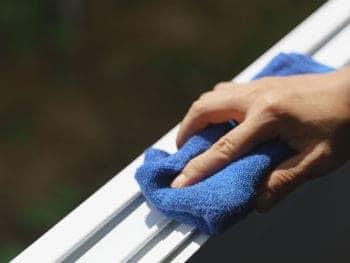 Cleaning Aluminum Window and Door
