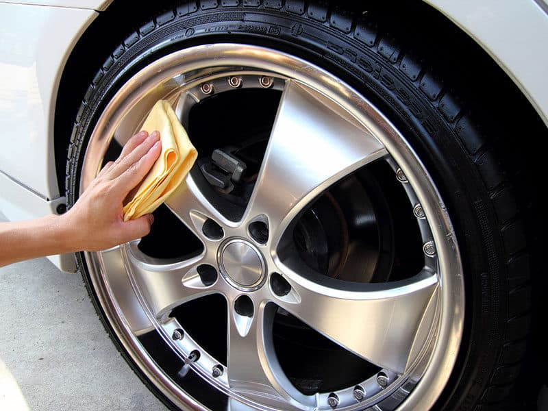 Sponge Cleaning Car